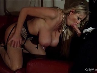 Huge On the level Titted MILF Fucked Apart from The brush Lover