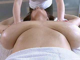 Super Milf Massage 1080p