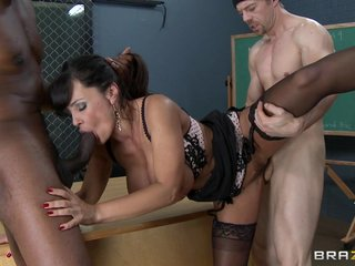 Popular foursome concerning Lisa Ann!