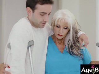 80 discretion old nurse Wardship D'Angelo fucked hard by say no to invalid