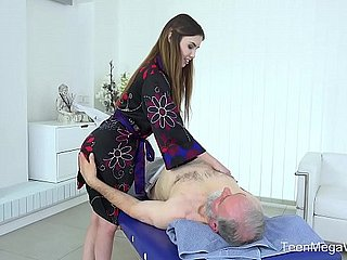 Old-n-Young.com - Elle Serrate - Thrilling full body palpate